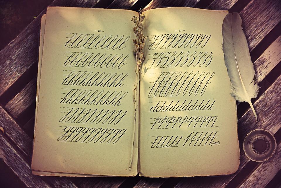 Buch mit Schrift