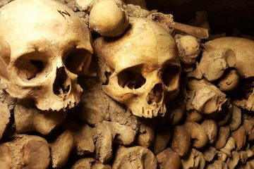 Schädel in Katakomben